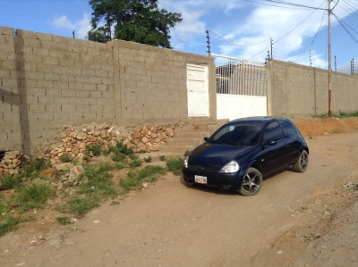 CASA CON POSADA EN CONSTRUCCION