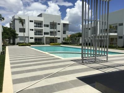 Venta de Condos / Apartamentos en Punta Cana / White Sand, 1 y 2 habitaciones, cerca de la playa, con piscina, área de juego de niños, con acceso privado a playa