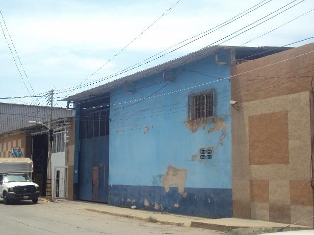 Caraballeda - Locales Industriales y Galpones