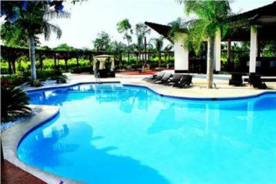 Apartamento de lujo en venta en la residencia Sybari Guavaberry Juan Dolio