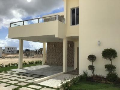 Villas en Ventas En Punta Cana con Piscinas Privadas, con Casa Club, piscinas, canchas, area de niños, gazebos, bbq, senderos para caminar