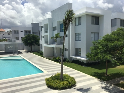 Condos / Apartamentos en Venta en Punta Cana / White Sand, 1 y 2 habitaciones, cerca de la playa, con piscina, área de juego de niños, con acceso privado a playa