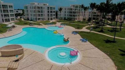 Vendo apartamento en Playa Nueva Roma