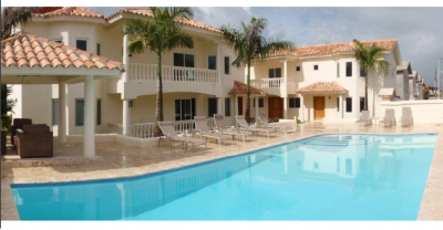 Town Houses de 2 niveles en Bavaro- Punta Cana desde US$ 149,000