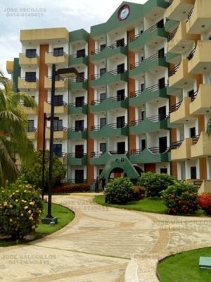 Valecillos Vende Apartamento acogedor, en ciudad flamingo. Piscina