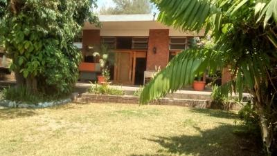 Preciosa casa en venta de 4 dormitorios en zona 12
