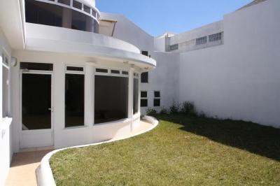 Casa en Condominio de 5 Habitaciones en Carretera al Salvador