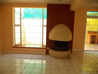 Bella Casa de 4 Habitaciones en Alquiler Zona 15