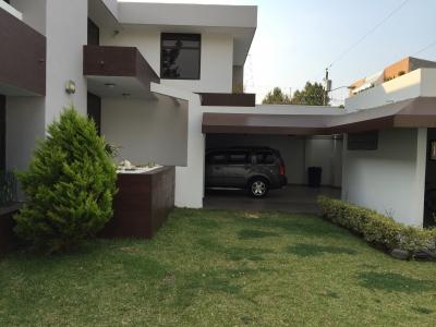 Alquilo / Vendo Casa de 3 Dormitorios de Lujo en Zona 15