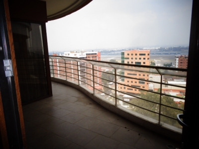 Rento Apartamento en Edificio Tadeus Zona 14