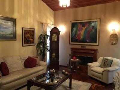 Casa + Apartamento en venta Km 15 CES
