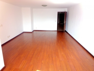 Moderno apartamento de 3 Habitaciones en renta Zona 14 / COINMSA