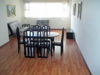 Apartamento Amueblado de 3 Habitaciones en renta zona 10