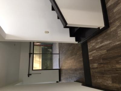 Vendo casa remodelada de 3 habitaciones, 2 parqueos en San Gaspar zona 16