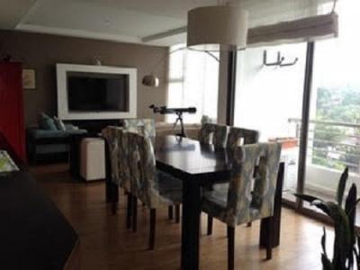 Vendo apartamento con 2 habitaciones en Zona 15 con amplios balcones