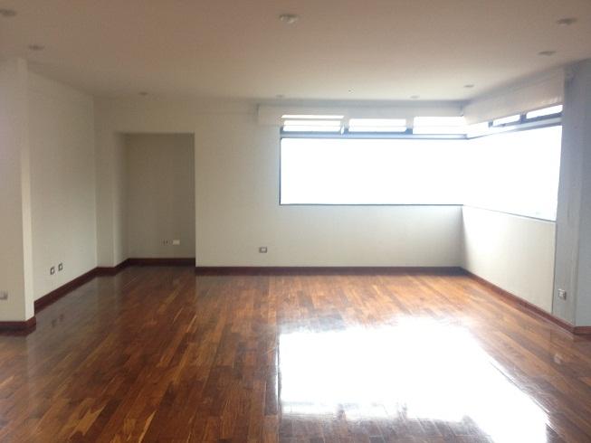 Apartamento en Venta Zona 14 - Un piso completo