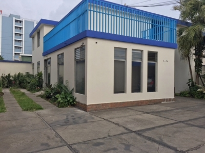 Casa en renta  ideal para oficina o negocio ubicada en zona 10