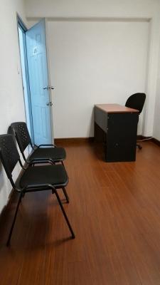 Oficina en Venta Zona 10