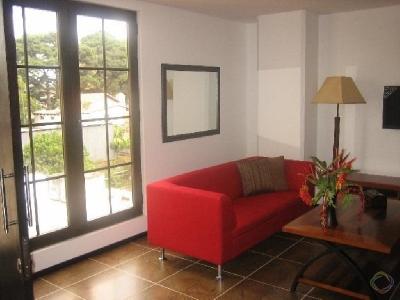 Apartamento amueblado en alquiler, zona 10