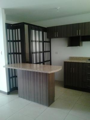 Alquilo Apartamento en Edificio Santa Maria de Las Charcas zona 11