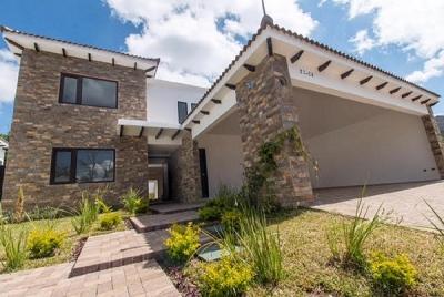 Casa Nueva en venta zona 16 San Isidro