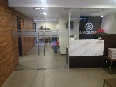 Apartamentos Torre Barcelona, es un edificio nuevo ubicado en la zona 9, Guatemala.