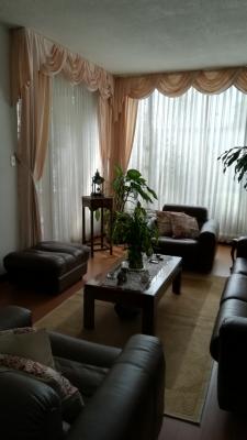 Hermosa casa en venta en Las Charcas, Precio negociable