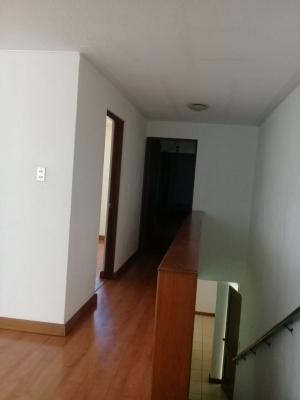 Vendo Casa Zona 10 X Blv Los Proceres Dentro de Garita