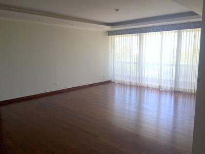 Apartamento de 3 habitaciones en venta ubicado en zona 10