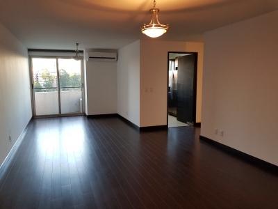 Alquilo precioso apartamento 2 dormitorios en zona 14 área de La Noria, excelente ubicación! $1,400