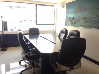 Oficina en Venta Zona 10, Zona Viva