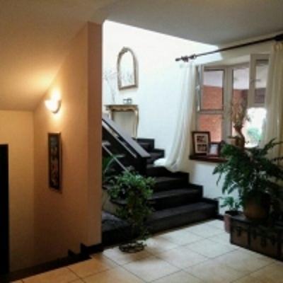 Hermosa casa en venta Condominio Zona 16 San Gaspar
