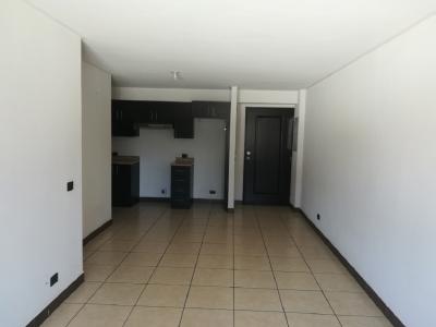 Apartamento en alquiler, zona 11 Las Charcas