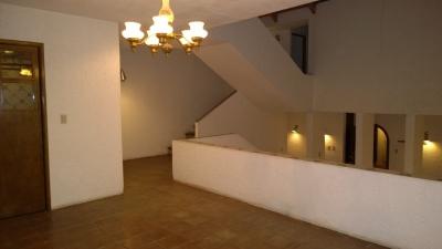 Casa en Venta, en Zona 11 con 3 habitaciones.