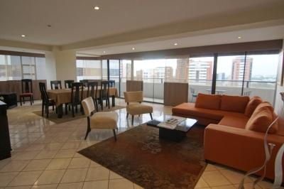 Apartamento, Zona 14 - 4 dormitorios $315,000