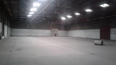 RENTO BODEGA DE 4500 m2 en Zona 12