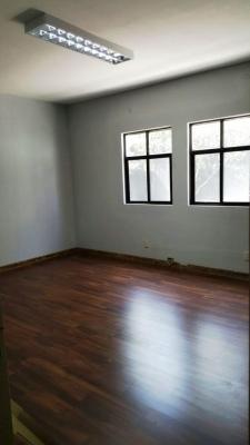 RENTO PROPIEDAD PARA USO COMERCIAL SOBRE 15 AVENIDA ZONA 13 / $2,800 MAS IVA