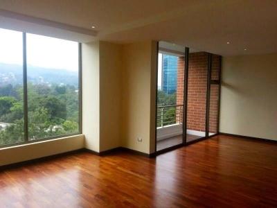 Apartamento en Alquiler en Edificio Torre Verde, Zona 15