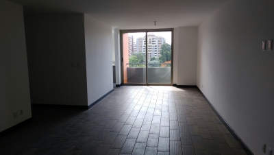 Apartamento en Alquiler en Edificio Verona, zona 10
