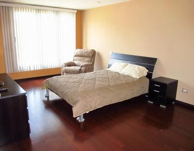 Hermoso Apartamento en Venta Zona 16