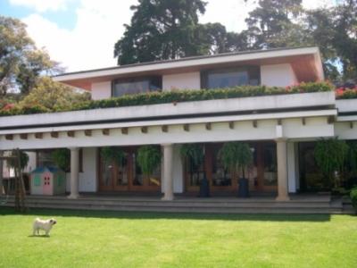 Casa Lomas del Bosque