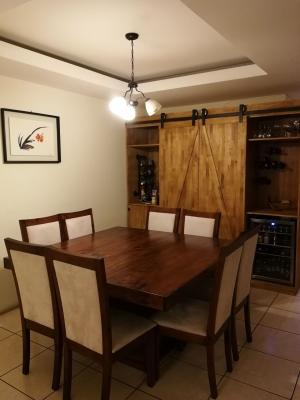 Vendo amplio apartamento en Jardines de La Floresta zona 7, excelente ubicación.