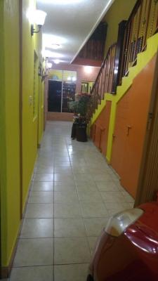 Casa de 2 niveles remodelada en zona 6