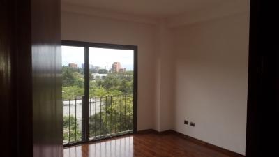 Apartamento en zona 16 Edificio Solaría Premium .