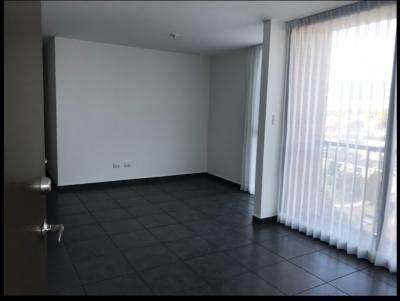 Se renta Apartamento de 3 habitaciones en Zona. 11