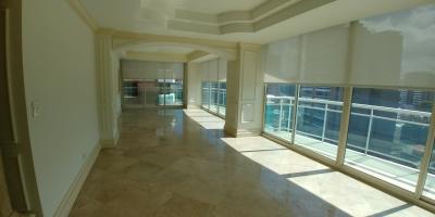 Apartamento lujoso en zona 14 en alquiler de 3 dormitorios