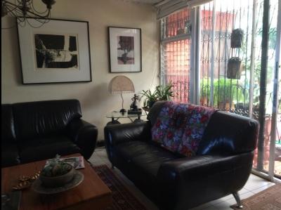Vendo Casa en VH1 Zona 15