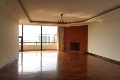 Lujoso apartamento, Zona 14