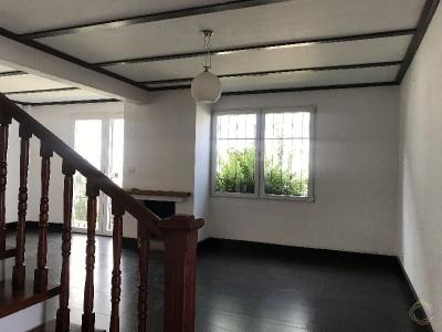 Casa en Alquiler zona 10, para vivienda u oficina