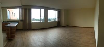 Apartamento en Venta Zona 13, 3 Habitaciones, 170 m2, US$210,000